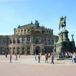 dresden-semperoper.jpg